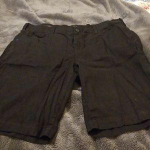2 pair NYDJ BERMUDA SHORTS